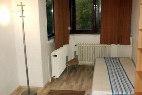 übernachten In Bremen : unterkunft g nstig bernachten in bremen wohnung in bremen gloveler ~ A.2002-acura-tl-radio.info Haus und Dekorationen