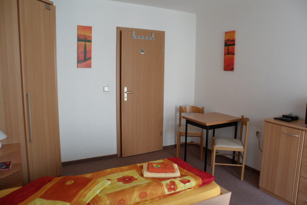 Bed and Breakfast in Dresden 10