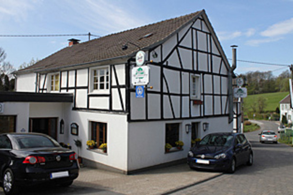 Bed and Breakfast in Engelskirchen 1