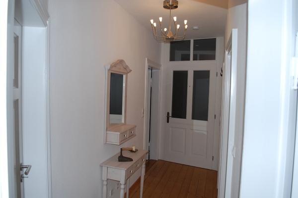 unterkunft 3 zimmer maisonette wohnung wohnung in. Black Bedroom Furniture Sets. Home Design Ideas