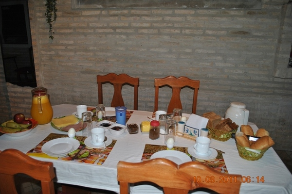 Bed and Breakfast in Colonia Mariano Roque Alonso 5